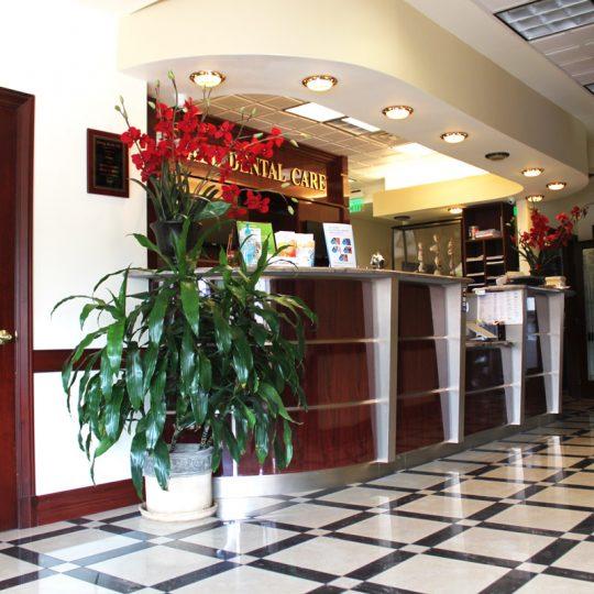 http://riverdaledentalcare.com/wp-content/uploads/2015/12/alldental-office9-540x540.jpg